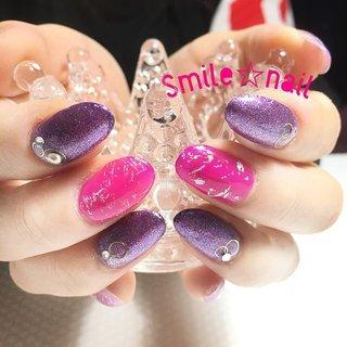 大田原定額ネイルサロン Smile☆nailです(*^^*) 大好きな#ベトロ の965番とラメがぎっしりの#ネイルパフェジェル トゥインクルパープルで派手カワに仕上げました❤️ 今回も楽しいトークありがとう😉✨ めちゃくちゃ美味しい差し入れ頂きました😊ありがとうです☆ ☆,。・:*:・゚'☆,。・:*:・゚'☆,。・:*:・゚' #smilenail #スマイルネイル #大田原市ネイルサロン #大田原ネイルサロン #定額ネイル #お家サロン #ネイルサロン #ジェルネイル #セルフネイル #ネイルアート #ネイリスト #個性派ネイル #派手カワネイル #美爪 #ネイルチップ #オーダーチップ #ミンネ #minne #vetro ☆,。・:*:・゚'☆,。・:*:・゚'☆,。・:*:・゚' HPはプロフィールのURLから☆ ☆,。・:*:・゚'☆,。・:*:・゚'☆,。・:*:・゚' フリルでピアス ミンネでネイルチップを販売してます ٩( ᐛ )و  Smile☆nail https://minne.com/5116ykr - ハンドメイドマーケットminne(ミンネ) Smile☆bijou フリマアプリ FRIL https://fril.jp/shop/Smile_bijou #オールシーズン #海 #リゾート #女子会 #ハンド #ラメ #ニット #ホイル #ミディアム #ピンク #パープル #ビビッド #ジェル #お客様 #Smile☆nail #ネイルブック