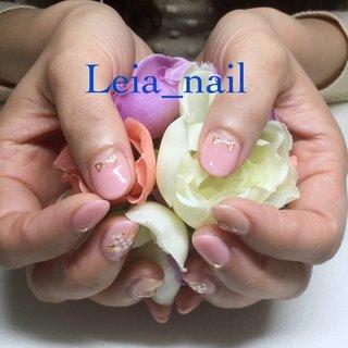 親指にはスタッズでリボン🎀 #Leianail♪ #ネイルブック