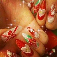 クリスマスネイル🎅✨ #冬 #クリスマス #デート #ハンド #ラメ #グラデーション #フラワー #くりぬき #リボン #ホワイト #レッド #ボルドー #スカルプチュア #セルフネイル #♡くみ♡ #ネイルブック
