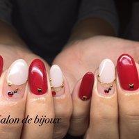 ネックレスデザイン♪クリスマスにとても素敵♪ #お正月 #クリスマス #パーティー #ハンド #ロング #ホワイト #レッド #ジェル #お客様 #salon_de_bijoux #ネイルブック