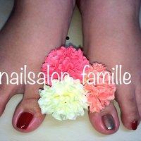 大人ボルドーとミラーネイル💄アダルトな雰囲気で♡ 足は濃い色で遊んでみるのはどうですか^ - ^? #hirose #ネイルブック