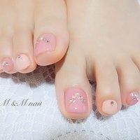 可愛いピンクのネックレスネイル #夏 #オールシーズン #ピンクネイル#早良区ネイルサロン#フットネイル#夏フットネイル #ビジュー #夏 #オールシーズン #フット #ビジュー #ショート #ピンク #ジェル #お客様 #mandmnail #ネイルブック