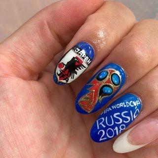 #ワールドカップネイル #ワールドカップ2018  #サッカーネイル # #サッカー日本代表   #スポーツ #ハンド #痛ネイル #国旗 #ロング #レッド #ブルー #ネイビー #ジェル #ネイルチップ #Charmdrops #ネイルブック