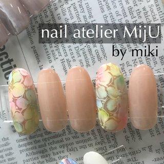 こつこつサンプル作成中です♡  MijUは少し控えめだけど華やかな(どっちw) アートをおすすめするサロンです(笑)   ※MijUのメニューはすべてフォルム形成を含みます。     ・派手なネイルが苦手 ・割れやすいお爪を丈夫にしたい ・お爪の形にコンプレックスがある ・ジェルがいつも浮いたり取れたりしてしまう  ひとつでも当てはまる方はMijUにご相談ください♡      ■□▪▫■□▫▪■□▪▫■□▫  MijUは安心の国産メーカー、 KOKOISTのジェルを使用しています。  ■□▪▫■□▫▪■□▪▫■□▫      ☆。・:*:・゚'★,。・:*:・'。・:*:・゚'★,。・:*:・゚'☆  nail atelier MijU-ネイルサロン (7/8 リニューアルオープン!)  高崎市鞘町86 タイムズビル2F TEL 027-386-5678  ☆。・:*:・゚'★,。・:*:・'。・:*:・゚'★,。・:*:・゚'☆     #高崎市 #高崎市 #群馬 #高崎市ネイルスクール #高崎市ネイルサロン #JNA認定校 #jna本部認定講師 #野原美樹 #のんちゃん先生 #MijUネイルスクール #ココイスト #KOKOIST #ココイストグランドマスターエデュケーター #フィルイン #ココイストセミナー #nail #nails #nailart #kokoist #美爪 #美フォルムネイル #ココイストがなぜフィルインに向いているのか #好きを仕事に #kokoistcertifiedsalon #オフィスネイル #サマーネイル #レインボーネイル #フラワーネイル #オールシーズン #オフィス #パーティー #デート #ハンド #ワンカラー #フラワー #ミディアム #ベージュ #グレージュ #パステル #ジェル #nail atelier MijU☆野原美樹 #ネイルブック