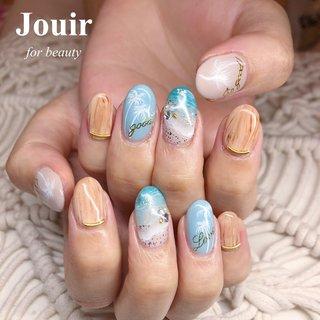 海×ヤシの木×ウッドネイル🏝 #サーフネイル #夏 #旅行 #海 #リゾート #ハンド #ワンカラー #タイダイ #トロピカル #マリン #木目調 #ミディアム #ホワイト #ベージュ #水色 #ジェル #お客様 #Jouir for beauty - hair nail eyelash- #ネイルブック