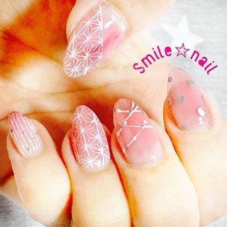 大田原定額ネイルサロン Smile☆nailです(*^^*) お客様に『シールかと思った‼︎』と最高の褒め言葉を頂いたので、久々にマイネイルをアップ💅 1番得意な#和柄ネイル ٩( ᐛ )و #麻柄 ♪ が、親指のサイドに柄を描き忘れるうっかりw ☆,。・:*:・゚'☆,。・:*:・゚'☆,。・:*:・゚' #smilenail #スマイルネイル #大田原市ネイルサロン #大田原ネイルサロン #大田原定額ネイル #定額ネイル #お家サロン #ネイルサロン #ジェルネイル #セルフネイル #ネイルアート #ネイリスト #個性派ネイル #派手カワネイル #美爪 #ネイルチップ #オーダーチップ #ミンネ #minne #マイネイル #夏ネイル #サマーネイル #クリアカラーネイル #手描きアート ・ ☆,。・:*:・゚'☆,。・:*:・゚'☆,。・:*:・゚' HPはプロフィールのURLから☆ ご予約の際は以下ドメイン、アドレスが受信出来るように設定をお願い致します。 yukari51fj@gmail.com @reserva.be ☆,。・:*:・゚'☆,。・:*:・゚'☆,。・:*:・゚' フリルでピアス ミンネでネイルチップを販売してます ٩( ᐛ )و  ネイルチップ→ミンネ https://minne.com/5116ykr (スマイルネイルで検索‼︎) ピアス→フリル  https://fril.jp/shop/Smile_bijou (スマイルビジュー ネイリストで検索‼︎) #夏 #リゾート #浴衣 #デート #ハンド #シースルー #ストライプ #ドット #和 #ミディアム #ホワイト #ピンク #シルバー #ジェル #セルフネイル #Smile☆nail #ネイルブック