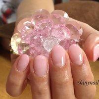 シンプルイズベスト! 美爪は仕事中でもテンションあげてくれます! #オールシーズン #オフィス #デート #ハンド #グラデーション #ミディアム #ピンク #ジェル #お客様 #shinynail #ネイルブック