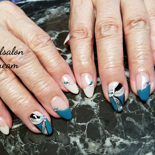 #鶴見区ネイル#徳庵ネイル#naildream #nailart #jelnails #flowernails#footnails #pinknails #nails #nailstagram #shellnails #colorfulnails# #instagood #simplennails #l4like#likeforlike #秋ネイル #ネイルデザイン #大理石ネイル #フレンチネイル #美甲 #ニュアンスネイル #ネイビーネイル#シェルストーン #シェルネイル #大人ネイル #レトロネイル#スモーキーネイル#プッチ柄ネイル #フレンチ #変形フレンチ #プッチ #レトロ #ベージュ #ネイビー #アースカラー #Nail dream #ネイルブック