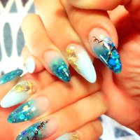 NEW nail #夏 #海 #ハンド #グラデーション #ラメ #シェル #ロング #ホワイト #クリア #ブルー #スカルプチュア #nacchan #ネイルブック