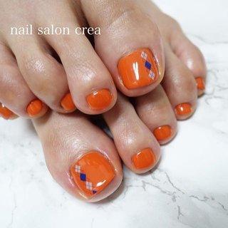 お客様のラッキカラー オレンジにしました🧡 . こちらのカラーはココイストの新色😊✨ 秋にぴったりな素敵カラーです‼️ . . *.:・.。**.:・.。**.:・.。**.:・.。**.:・.。**.:・.。**.:・.。**.:・.。* . 地爪の健康を第一に考え とことんお客様の爪と向き合います! . フォルムの美しさに とことんこだわった 丁寧な施術をお約束致します♡ . . nail salon & school crea (ネイルサロンアンドスクールクレア) JNA本部認定講師 小川智恵 . ◾︎定休日 日曜日 ◾︎予約時間①9:00~②12:00~③15:00~④18:00~ . 空き状況はTOPに記載されているURLより、又はブログより確認ください。 ご予約を希望のお客様は、オーダーフォームまたはDM、LINEで連絡ください♡ LINE🆔 nailcrea . *.:・.。**.:・.。**.:・.。**.:・.。**.:・.。**.:・.。**.:・.。**.:・.。* . #ネイルサロンcrea #ネイルサロンクレア #nailsaloncrea #ネイルスクールcrea #上田市ネイルサロン #上田市ネイルスクール #本部認定講師 #JNA本部認定講師 #美フォルムネイル #爪のフォルム調整 #浮かないネイル #もちのいいネイル #高技術ネイル #ココイストマスターエデュケーター #小川智恵 #ココイスト #KOKOIST #kokoist #ココイスト導入サロン #ココイスト導入サロン長野 #美フォルムベース #フィルイン #ベースを一層残してオフ #プラチナボンド2 #ビルダージェル #ネイルブック #ネイルブック公式サロン #秋 #冬 #フット #シンプル #ワンカラー #アーガイル #オレンジ #アースカラー #ペディキュア #crea小川智恵 #ネイルブック