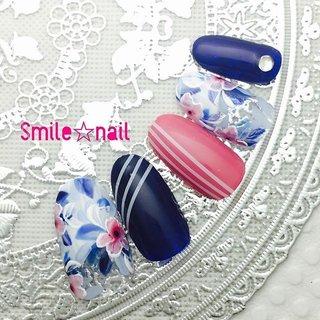 大田原定額ネイルサロン Smile☆nailのyukariです(*^^*) #ayako先生 のデザインをやっと5本組に♪ お花とジャージラインでスポーツMIX(´∀`*) さすがのデザイン‼︎私が作っても可愛く出来ました❤️ ☆,。・:*:・゚'☆,。・:*:・゚'☆,。・:*:・゚' #smilenail #スマイルネイル #大田原市ネイルサロン #大田原ネイルサロン #大田原定額ネイル #定額ネイル #お家サロン #ネイルサロン #ジェルネイル #セルフネイル #ネイルアート #ネイリスト #個性派ネイル #派手カワネイル #美爪 #ネイルチップ #オーダーチップ #ミンネ #minne #nailbook #ベトロ #vetro #お花ネイル #フラワーネイル #スポーツmix ☆,。・:*:・゚'☆,。・:*:・゚'☆,。・:*:・゚' HPはプロフィールのURLから☆ #ネイルブック からご予約出来るようになりました❤️ ☆,。・:*:・゚'☆,。・:*:・゚'☆,。・:*:・゚' フリルでピアス ミンネでネイルチップを販売してます ٩( ᐛ )و  ネイルチップ→ミンネ https://minne.com/5116ykr (スマイルネイルで検索‼︎) ピアス→フリル  https://fril.jp/shop/Smile_bijou (スマイルビジュー ネイリストで検索‼︎) #オールシーズン #旅行 #リゾート #スポーツ #ハンド #変形フレンチ #フラワー #ストライプ #ミディアム #ピンク #水色 #ネイビー #ジェル #ネイルチップ #Smile☆nail #ネイルブック