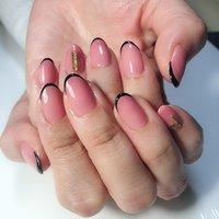 #オールシーズン #ハンド #フレンチ #ミディアム #ピンク #ブラック #ジェル #お客様 #nail salon S #ネイルブック