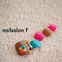 カラフルスタッズとガラスブリオン♡ #fumi #ネイルブック
