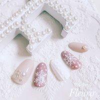 雪の結晶ネイル ・ ・ 東京・国分寺に 隠れ家ネイルサロン Fleurir♡フルリール♡が オープンいたしました。 どうぞよろしくお願いいたします。 ・ ・ お問い合わせ・予約はネイルブック、 インスタのDMまたはLINEにてお願いいたします。 instagram→fleurir_kozue LINE→fleurir_k ・ ・ ネイルチップ好評販売中 インスタDM/minne(ミンネ)/Creema(クリーマ)にてご注文承ります。 ・ ・ #水彩プロフェサー認定講師#国分寺ネイルサロン#国分寺ホームサロン#自爪育成サロン#自爪矯正サロン#nail book#ネイルブック#オーダーネイルチップ販売#付け爪販売#大人かわいい#40代#50代#60代#Fleurir#フルリール#福祉ネイリスト#ブライダルネイル#minne#ミンネ#Creema#クリーマ#レリーフネイル#田辺さおり先生#田辺さおり先生大好き#50代ネイリスト #冬 #ハンド #ニット #雪の結晶 #ミディアム #ホワイト #ベージュ #ジェル #ネイルチップ #Fleurir♡フルリール♡ #ネイルブック