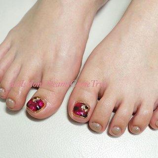 私の手と同じ#赤べっ甲 可愛いです♡ . . #nail#nailsalonDreamsComeTrue#design#art#naildesign#nailart#nailist#foot#footnail#care#beauty#classy#ネイル#大人ネイル#派手ネイル#ネイルデザイン#ネイルアート#デザイン#アート#ロングネイル#ロングスカルプ#スカルプ#longnail#あま市ネイルサロン#nails#nailstagram #秋 #冬 #リゾート #女子会 #フット #ワンカラー #タイダイ #大理石 #マーブル #ショート #レッド #ボルドー #グレージュ #ジェル #お客様 #chie75☆ #ネイルブック