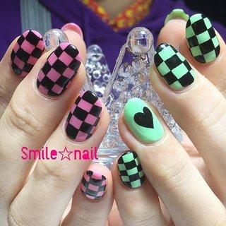 大田原定額ネイルサロン Smile☆nailのyukariです(*^^*) アパレルのお仕事をされているお客様♪ いつも素敵なスタイリングでご来店されます❤️ そんな、素敵なお客様のネイルを施術させて頂ける喜び🥰 今日はひたすら四角を書きまくりました🔥 またお待ちしてますね😊 ☆,。・:*:・゚'☆,。・:*:・゚'☆,。・:*:・゚' #smilenail #スマイルネイル #大田原市ネイルサロン #大田原ネイルサロン #大田原定額ネイル #定額ネイル #お家サロン #ネイルサロン #ジェルネイル #セルフネイル #ネイルアート #ネイリスト #個性派ネイル #派手カワネイル #美爪 #ネイルチップ #オーダーチップ #ミンネ #minne #nailbook #ブロックチェック #ブロックチェックネイル #お洒落ネイル #アシメネイル ☆,。・:*:・゚'☆,。・:*:・゚'☆,。・:*:・゚' HPはプロフィールのURLから☆ #ネイルブック からご予約出来るようになりました❤️ ☆,。・:*:・゚'☆,。・:*:・゚'☆,。・:*:・゚' フリルでピアス ミンネでネイルチップを販売してます ٩( ᐛ )و  ネイルチップ→ミンネ https://minne.com/5116ykr (スマイルネイルで検索‼︎) ピアス→フリル  https://fril.jp/shop/Smile_bijou (スマイルビジュー ネイリストで検索‼︎) #オールシーズン #ライブ #女子会 #ハンド #チェック #ハート #ミディアム #ピンク #グリーン #ブラック #ジェル #お客様 #Smile☆nail #ネイルブック