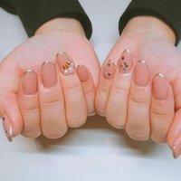 お客様ネイル。 Simple~✨ star&perlが、映える♥ 楽しくありがとうございました☺︎︎ #miyas_nail #東松戸ネイル #松戸市 #プライベートサロン #ネイルン #市川大野 #松飛台 #perlerart #ネイルデザイン #いつもありがとうございます #ミヤ #ネイルブック