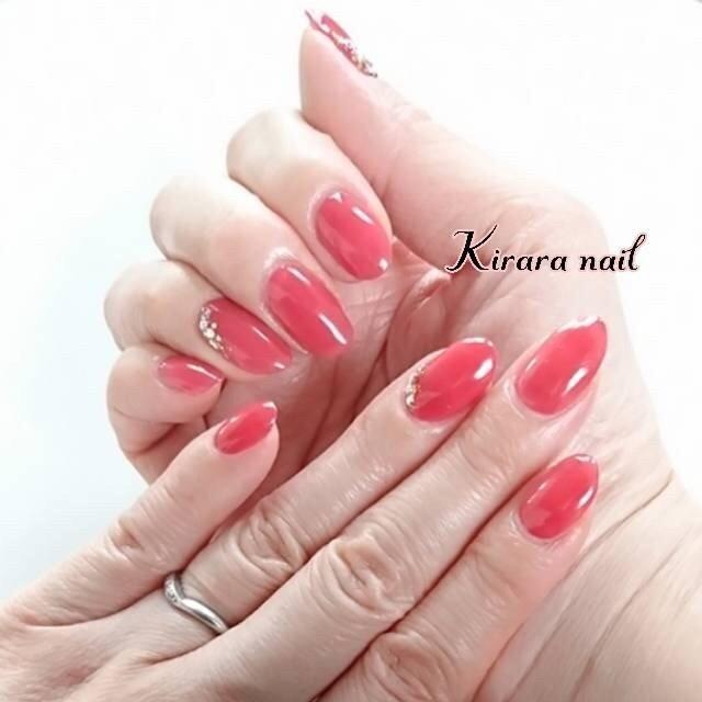 女性らしさが溢れるマオジェルのドキドキカラーのワンカラーネイル☆ 真っ赤でもピンクでもない絶妙カラーは、テンション上がる事、間違いなしです!   #ワンカラー  #シンプル  #ドキドキ  #赤ネイル  #大人可愛い #女性らしさ  #牛久市 #ネイル #ネイルサロン #牛久市ネイルサロン #プライベートネイルサロン #自宅ネイルサロン #ネイルブック掲載サロン #ジェルネイル #カルジェル #マオジェル #マオジェル導入サロン #秋 #冬 #パーティー #女子会 #ハンド #シンプル #ワンカラー #ビジュー #ミディアム #レッド #ジェル #セルフネイル #kirara_nail #ネイルブック