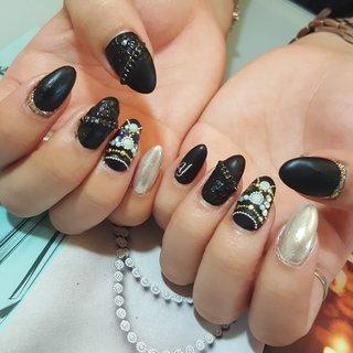 かっこいい黒マット #冬 #オールシーズン #ハンド #ワンカラー #チェーン #ミラー #レザー #ミディアム #ブラック #シルバー #ジェル #お客様 #LILASnail.Aya #ネイルブック