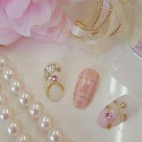 ホワイト、ピンク、チェック柄、moon、star、ふんわり可愛い #オフィス #ブライダル #デート #ハンド #ビジュー #パール #チェック #星 #ミディアム #ホワイト #ピンク #パステル #ネイルチップ #hiro14 #ネイルブック
