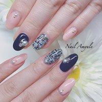 お客様とお揃いネイル✨ ツイードがかわいい😁 . . #ツイード  #ピンク  #ネイビー  . #目黒 #目黒駅 #ネイル #ネイルアート #ネイルデザイン #ジェルネイル #ネイルサロン #nail #nails #nailart #nailswag #gel #gelnails #nailsoftheday #naildesign #naildesigns #nails2inspire #nailporn #beauty #fashion #instagood #네일스타그램 #일본 #冬 #お正月 #成人式 #バレンタイン #ハンド #ワンカラー #ビジュー #ツイード #ミディアム #ピンク #ネイビー #ジェル #お客様 #naomi.i(ネイルアミューレ) #ネイルブック