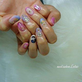 ・ #バンタンネイル #BTSネイル  #防弾少年団ネイル #花束ネイル ・ ・ ・ お問い合わせはコメント・DM・LINEでお願いします♡ LINE🆔→ ---lotus--- ・ ・ こちらからhotpepper beautyさんに飛べます(๑´ㅂ`๑) https://beauty.hotpepper.jp/smartphone/kr/slnH000414308/?cstt=1&wak=KPSE500401_s_link_salontop ・ #貝塚市#貝塚ネイルサロン#貝塚ネイル#自宅ネイルサロン#隠れ家ネイルサロン#Nail.Salon.Lotus#ネイルサロン#まこネイル#岸和田ネイル#泉佐野ネイル#熊取ネイル#泉南ネイル#祭りネイル#泉州ネイル#ジェルネイル#貝塚#岸和田#熊取#泉佐野#泉南#泉州#プライベートサロン#お洒落さんと繋がりたい #冬 #ライブ #クリスマス #ハンド #グラデーション #ビジュー #ブローチ #押し花 #ショート #クリア #ピンク #パープル #ジェル #お客様 #Lotus《ロータス》 #ネイルブック