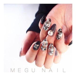 swipe☝︎〃→→→→→ @lucugel_nail #nail#nails#nailart#nailsalon#gelnail#pinknails#fashion#pearl#checked#Christmasnails#美甲#네일아트#젤네일#패션#네일#ファッション#ネイル#ジェルネイル#ネイルサロン#ニュアンスネイル#チェックネイル#ネイルアート#秋ネイル#冬ネイル#大人ネイル#クリスマスネイル#ツイードネイル #冬 #オールシーズン #デート #女子会 #ハンド #チェック #パール #千鳥柄 #ツイード #ミディアム #ベージュ #グレージュ #ブラック #ジェル #お客様 #megunail𓂯 #ネイルブック