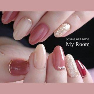 instagram→yukachiso フォローよろしくお願いします♪   シアーなくすみピンクとベージュにボルドーの小指がアクセント♪ ピンクゴールドのラメ、リーフジェル307が最近サロンでは人気です✨  #うる艶ネイル #シンプルネイル #nails#nailstagram#nail #instalike#instanails #instapic#ネイルサロン東京#tokyo#美甲 #指甲#ナチュラル#大人上品 #ジェルネイル #ネイルデザイン #leafgelpremium#nailsalonmyroom #上品ネイル#ネイル#大人ネイル#シアーネイル#うる艶ネイル#大人上品ネイル #ナチュラルネイル #冬 #オールシーズン #オフィス #女子会 #ハンド #シンプル #ラメ #ワンカラー #ミディアム #ピンク #レッド #ゴールド #ジェル #お客様 #my_room #ネイルブック