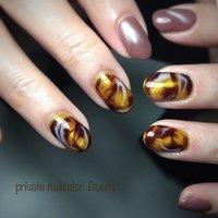 ✧ ニュアンス強めべっ甲⋆*❁*⋆ฺ。* ✧ Valentineにぴったり🍫 とろけるチョコソースみたいなデザイン☺︎ ✧ そしてワンカラーはまたまたマグネットコーティング! 可愛すぎる✧*。٩(ˊᗜˋ*)و✧*。 ✧ @minmin_nail #yukimi先生 デザイン #nail #nails #instanail #instanails #lovenails #cutenails #gelnails #gelnail #nailsdesign #nailfashion #ネイル #ネイルデザイン #ネイルスタグラム #ネイルアート #ジェルネイル #インスタネイル #💅 #大人ネイル #埼玉ネイル #上尾ネイル #上尾ネイルサロン #秋ネイル #冬ネイル #春ネイル #美甲 #凝胶钉 #べっ甲ネイル #ニュアンスネイル #オールシーズン #ハンド #ピーコック #ニュアンス #べっ甲 #ショート #ピンク #ブラウン #グレージュ #ジェル #お客様 #private nailsalon Buena #ネイルブック