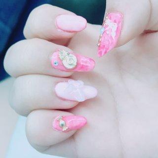 pinkかわいい♡ #春 #バレンタイン #入学式 #旅行 #ハンド #大理石 #スイーツ #amichu #ネイルブック