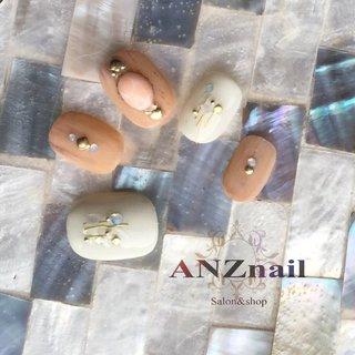 肌なじみの良いマットウッド×ニュアンスネイル♡♪ ローズクオーツの天然石が女性らしさを演出♪♪ バレンタインネイルにもオススメ致します!  http://anznail.cart.fc2.com/  #バレンタインネイル #ネイルチップ販売 #旭川ネイル #可愛いネイル #天然石ネイル #春 #夏 #バレンタイン #旅行 #ハンド #アンティーク #エスニック #大理石 #ニュアンス #木目調 #ショート #ホワイト #ベージュ #ジェル #ネイルチップ #ANZnail✦旭川市ネイルサロン♛ネイリストあんず♛ #ネイルブック