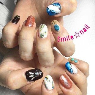 大田原定額ネイルサロン Smile☆nailのyukariです(*^^*) お持込みデザイン♪ ストーンアートが好きなお客様❤️ 私もストーンアートが好きだからうれしい!楽しい!大好き!←ww ☆,。・:*:・゚'☆,。・:*:・゚'☆,。・:*:・゚' #smilenail #スマイルネイル #大田原市ネイルサロン #大田原ネイルサロン #大田原定額ネイル #定額ネイル #お家サロン #ネイルサロン #ジェルネイル #セルフネイル #ネイルアート #ネイリスト #個性派ネイル #派手カワネイル #美爪 #ネイルチップ #オーダーチップ #ミンネ #minne #nailbook #天然石ネイル #ストーンアート #フェザーネイル #ターコイズネイル ☆,。・:*:・゚'☆,。・:*:・゚'☆,。・:*:・゚' HPはプロフィールのURLから☆ #ネイルブック からご予約出来るようになりました❤️ ☆,。・:*:・゚'☆,。・:*:・゚'☆,。・:*:・゚' ラクマでピアス ミンネでネイルチップを販売してます ٩( ᐛ )و  ネイルチップ→ミンネ https://minne.com/5116ykr (スマイルネイルで検索‼︎) ピアス→ラクマ https://fril.jp/shop/Smile_bijou (スマイルビジュー ネイリストで検索‼︎) #オールシーズン #リゾート #女子会 #ハンド #フェザー #大理石 #ミディアム #ホワイト #オレンジ #ターコイズ #ジェル #お客様 #Smile☆nail #ネイルブック