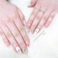 #春 #夏 #シンプル #ラメ #ワンカラー #ホワイト #ピンク #シルバー #LA LUCE DIAMANTE #ネイルブック