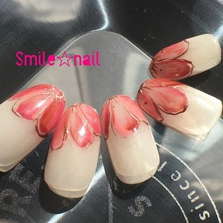 大田原定額ネイルサロン Smile☆nailのyukariです(*^^*) 3月セレクトコースデザイン♪ #yunyu先生 のお花フレンチ💐可愛らしい配色で作ってみました💡うちはクリアベースが苦手なお客様が多いので、シアーベージュでナチュラルなベースに作りました💅 先生から、素敵✨頂きました♡(>◡<)♡ありがとうございます😊 ☆,。・:*:・゚'☆,。・:*:・゚'☆,。・:*:・゚' #smilenail #スマイルネイル #大田原市ネイルサロン #大田原ネイルサロン #大田原定額ネイル #定額ネイル #お家サロン #ネイルサロン #ジェルネイル #セルフネイル #ネイルアート #ネイリスト #個性派ネイル #派手カワネイル #美爪 #ネイルチップ #オーダーチップ #ミンネ #minne #nailbook #お花フレンチ #フラワーフレンチ #ニュアンスフラワー #フラワーネイル #お花ネイル #春ネイル ☆,。・:*:・゚'☆,。・:*:・゚'☆,。・:*:・゚' HPはプロフィールのURLから☆ #ネイルブック からご予約出来るようになりました❤️ ☆,。・:*:・゚'☆,。・:*:・゚'☆,。・:*:・゚' ラクマでピアス ミンネでネイルチップを販売してます ٩( ᐛ )و  ネイルチップ→ミンネ https://minne.com/5116ykr (スマイルネイルで検索‼︎) ピアス→ラクマ https://fril.jp/shop/Smile_bijou (スマイルビジュー ネイリストで検索‼︎) #春 #入学式 #デート #女子会 #ハンド #変形フレンチ #フラワー #ミディアム #ベージュ #ピンク #メタリック #ジェル #ネイルチップ #Smile☆nail #ネイルブック