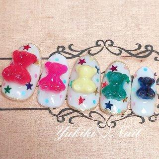 ♡新作デザイン♡ シリコンモールドを購入しました! こちらはHARIBOのクマ🐻ちゃんグミみたいなPopなデザイン❤️ 持ち込みデザイン+立体パーツ作成代(1個400円~)を組み合わせた物になります♡他にもハート、星、リボン、カメリア、天使の羽根などございます♡ ゆめかわ🦄💕好きな方は是非❤️ #ユキコネイル #くまネイル #HARIBO  #HARIBOネイル  #カラフルネイル #ゆめかわネイル  #星ネイル #春 #夏 #オールシーズン #ライブ #ハンド #ホログラム #キャラクター #星 #ドット #スイーツ #ホワイト #カラフル #ビビッド #ジェル #ネイルチップ #ユキコネイル #ネイルブック