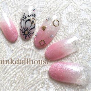 #Nailbook #ネイルブック #春 #オフィス #デート #ハンド #フラワー #ハート #ミディアム #ピンク #pinkdollhouse_95457 #ネイルブック