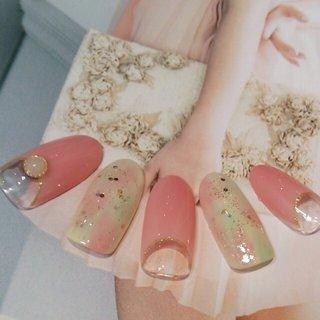 4月のおすすめデザインです! 思いきり、女子な気分になりたいトキに是非♪ #ミディアム #ピンク #sulir #ネイルブック