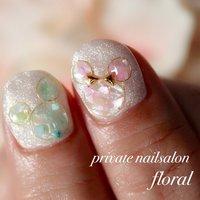 #ディズニー#ミッキーネイル #春 #パーティー #デート #ハンド #ホログラム #ラメ #ワイヤー #ミディアム #ホワイト #レッド #ジェル #*private nailsalon floral**M** #ネイルブック