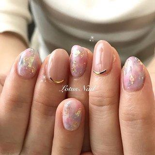 . 春ですね! いつのまにか桜が咲いているみたいですが まだお花見に行けておりません😭😭 桜が散る前にはお花見したいと思っておりますが..... . ネイルもすっかり春らしいデザインが多くなってきました✨ . お花や桜などのアートを入れなくても カラーや箔などて春らしいさを演出できます🤗 . #ネイル #ジェルネイル #ネイルデザイン #ネイル動画 #ネイルやり方 #ネイルスクール #セルフネイラー #セルフネイル #福岡ネイルサロン #ネイリスト #LotusNail #薬院 #薬院ネイルサロン # #キレイめネイル #上品ネイル #クリスマスネイル #経営者 #ネイルサロン経営 #ワーママ #シングルマザー #女性経営者 #ドライフラワーネイル #タイダイネイル #春ネイル #桜ネイル #春 #オールシーズン #ハンド #シンプル #タイダイ #ミディアム #ベージュ #ピンク #ジェル #お客様 #奈奈 #ネイルブック
