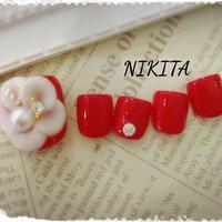 大きなお花でインパクト大なラヴリーネイル #バレンタイン #クリスマス #パーティー #デート #フット #ワンカラー #フラワー #3D #ショート #レッド #ジェル #ネイルチップ #nikita2007 #ネイルブック