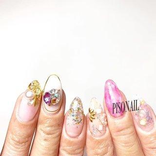 この週末に少しづつ進めた #mynails 💅🏼💅🏼💅🏼♡⃛  新しいラメは左右1色ずつ使って シェル×クリア×パープルを意識した #春ネイル です!🌸 、 お気に入り\( ˆoˆ )/     #ネイル #ネイリスト #ネイルデザイン #ネイルアート #ジェルネイル #姫路個人サロン #姫路 #姫路ネイル #姫路自宅サロン #姫路ネイルサロン #nail #nailartist #nailart #naildesign #nails #自宅ネイル #スカルプネイル #スカルプ #派手ネイル #シンプルネイル #ビジューネイル #nailstagram #しぇあねいる #PISONAIL #クリアネイル #パープルネイル #紫ネイル #グリッターネイル #シェルネイル #お洒落さんと繋がりたい #春 #入学式 #ブライダル #デート #ハンド #ラメ #ビジュー #シェル #パール #ワイヤー #ロング #クリア #ピンク #パープル #ジェル #セルフネイル #rp5xxx #ネイルブック