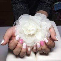 ピンク×チークネイル♡ #ハンド #チーク #ミディアム #ホワイト #ピンク #p_kahochin #ネイルブック