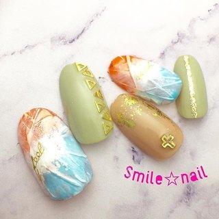 大田原定額ネイルサロン Smile☆nailのyukariです(*^^*) 5月のセレクトコースデザインです❤️ @nailazurl_ayako #ayako先生 のデザインを参考に💡 暖かくなってきたので、明るいカラーで作りました🌞 サブはくすみカラーで、トーンダウン🎨 数量限定のクロスパーツを乗せました✝️ ネイルエキスポでお買い得品を買い占めた、二度と入荷しない貴重なパーツですw ☆,。・:*:・゚'☆,。・:*:・゚'☆,。・:*:・゚' #smilenail #スマイルネイル #大田原市ネイルサロン #大田原市ネイル #大田原ネイルサロン #大田原ネイル #大田原定額ネイル #ネイルサロン #ジェルネイル #セルフネイル #ネイルアート #ネイリスト #個性派ネイル #派手カワネイル #nailpic #美爪 #ネイルチップ #オーダーチップ #ミンネ #minne #nailbook #ニュアンスネイル #5月ネイル #vetro #bellaforma #ベトロ #ベラフォーマ #お洒落ネイル ☆,。・:*:・゚'☆,。・:*:・゚'☆,。・:*:・゚' HPはプロフィールのURLから☆ #ネイルブック からご予約出来るようになりました❤️ ☆,。・:*:・゚'☆,。・:*:・゚'☆,。・:*:・゚' ラクマでピアス ミンネでネイルチップを販売してます ٩( ᐛ )و  ネイルチップ→ミンネ https://minne.com/5116ykr (スマイルネイルで検索‼︎) ピアス→ラクマ https://fril.jp/shop/Smile_bijou (スマイルビジュー ネイリストで検索‼︎) #春 #旅行 #デート #女子会 #ハンド #ラメ #ボヘミアン #エスニック #ニュアンス #ミディアム #オレンジ #グリーン #ターコイズ #ジェル #ネイルチップ #Smile☆nail #ネイルブック