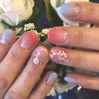春らしいカラーで桜ネイルにしました。 #春ネイル#桜#パラジェル #グラデーション  #結婚式お呼ばれネイル #お客様ネイル #春 #入学式 #パーティー #デート #ハンド #グラデーション #ラメ #フラワー #ショート #ピンク #水色 #ジェル #お客様 #...ゆぅ... #ネイルブック