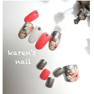ハンド、フットお揃いキャンペーンデザイン #春 #夏 #海 #リゾート #フット #ラメ #ワンカラー #フラワー #ショート #ピンク #レッド #シルバー #ジェル #お客様 #karen's nail rierin #ネイルブック