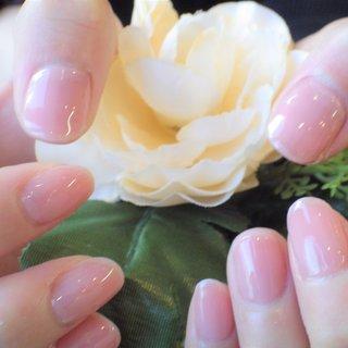 シンプルなワンカラー♡ピンクのシアカラーで清楚なイメージの当店の人気カラーです。 #オールシーズン #ハンド #ワンカラー #ショート #ピンク #ジェル #お客様 #Royal Therapis 袋町 #ネイルブック