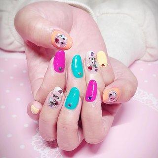 お持ち込み画像を少しアレンジしました。ポップなカラーとデザインが元気になります😊  #ジェルネイル #ネイルサロン #ネイリスト #pregel #プリジェル #nails #大人カラー #おとなネイル #クリアネイル #ビタミンカラー #ネオンカラー #スマイル #スター #star #ワンポイントネイル #お洒落ネイル #gelnails #美人ネイル #大人可愛いネイル #大人かわいい #大人ネイル #東京都北区 #ネイルブック #nailbook #春 #夏 #旅行 #女子会 #ハンド #ホログラム #ハート #くりぬき #星 #ホワイト #クリア #ネオンカラー #ジェル #お客様 #lumiry #ネイルブック
