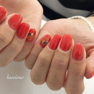#押し花ネイル #ワンカラーネイル #onecolornail #nail #nails #nailsofinstagram #nailstagram #nailart #naildesign #オレンジネイル #ブラッドオレンジネイル #orange #夏 #ハンド #シンプル #ワンカラー #ブローチ #押し花 #ショート #レッド #オレンジ #ビビッド #ジェル #お客様 #higu125 #ネイルブック