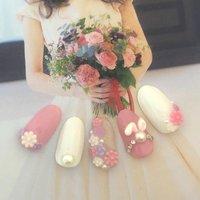 パステルカラーで可愛く、女の子らしく♡イースター仕様で春にぴったりのデザイン!ぷっくりおみみとお花が可愛いネイルです。#春 #ハンド #デート #ピンク #ワンカラー #フラワー #ジェルネイル #ブライダル #ネイル #パステル #ネイルデザイン #ピンクネイル #うさぎネイル #3dネイル #ゆめかわネイル #春 #ブライダル #デート #女子会 #ハンド #ビジュー #フラワー #パール #3D #ホワイト #ピンク #パステル #いぬい #ネイルブック