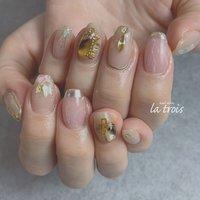 ビジューネイル  #nail#nails#nailart#gelnails#naildesing#fashion#latrois#ネイル#ジェルネイル#トロワ#西尾ネイル#西尾市ネイルサロン#三河ネイル#ニュアンスネイル#手描きネイル  お問い合わせはこちらからお願い致します📩LINE ▸▸@hax1956a Instagram ▸▸@la.trois_nail #la.trois_nail #ネイルブック